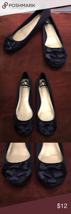 Navy Blue Fergalicious Flats Super cute flats by Fergalicious with cute bow on front. Shoes are in good shape with very little wear. Size 6.5 Fergalicious Shoes Flats & Loafers