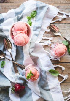Strawberry Rosé Sorb