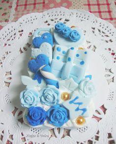 Decoden case: Delicate Blue Rose Desserts (2) by ~NagisaAndDolce on deviantART