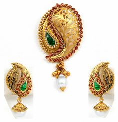 Pendant and earring set - Latest Jewellery Design for Women Silver Jewellery Indian, Gold Jewellery Design, Temple Jewellery, Jewellery Rings, Designer Jewellery, Latest Jewellery, Diamond Jewellery, Jewellery Making, Gold Pendent
