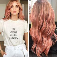 Chiara Ferragni lovely and delicate pink hair for her bachelorette party! Pastel Pink Hair, Hair Color Pink, Hair Inspo, Hair Inspiration, Color Fantasia, Ariana Grande Hair, Peach Hair, Slick Hairstyles, Dream Hair