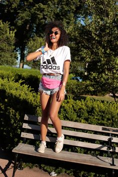20+ Pics Of The Most Bangin' Lollapalooza Street Style #refinery29  http://www.refinery29.com/2015/08/91355/lollapalooza-2015-street-style-pictures#slide-13  Pink fanny packs are happening. We're not mad. ...