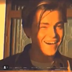 Pin by Kafamın İçi Beter ? on cigarettesblr [Video] Music Aesthetic, Aesthetic Movies, Bad Girl Aesthetic, Aesthetic Images, Aesthetic Videos, Aesthetic Grunge, Aesthetic Vintage, Aesthetic Photo, Leonardo Dicaprio 90s