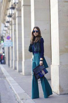 Look total: Carol Bassi | Bolsa: Chloe | Óculos: DIOR | Pulseiras: Céline / Camila Coelho                                                                                                                                                                                 Mais