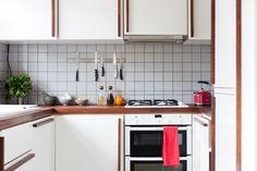 kitchen - grey tile splashback, white melamine cupboards, iroko worktop and bespoke handles Kitchen Cart, Kitchen Cabinets, Cupboards, Kitchen Ideas, Grey Kitchens, Kitchen Grey, Grey Tiles, Splashback, Modern Design