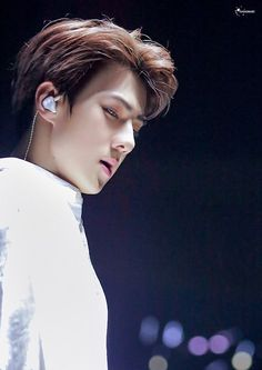 #SEHUN #EXO OK OK IM GONNA SLEEP NOW. pray to dream about this perfect guy