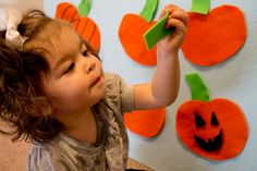 {Halloween Activity}10 Little Pumpkins Felt Story Board - Love, Play, Learn