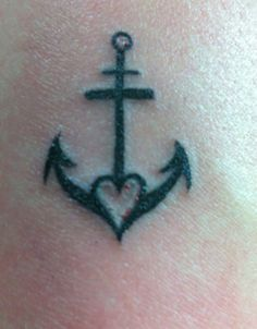 mérite d être cité small tattoos faith faith hope love tattoo . Simbols Tattoo, Herz Tattoo, Wrist Tattoos, Finger Tattoos, Body Art Tattoos, Tatoos, Pretty Tattoos, Love Tattoos, New Tattoos