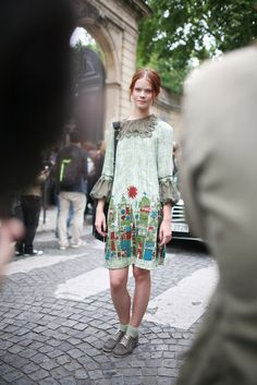 """They Are Wearing: Paris Couture Week - Slideshow - <a href=""""http://WWD.com"""" rel=""""nofollow"""" target=""""_blank"""">WWD.com</a>"""