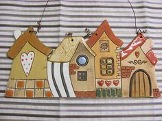 Pottery Houses, Ceramic Houses, Ceramic Clay, Hand Built Pottery, Slab Pottery, Ceramic Pottery, Cute Little Houses, House Drawing, Clay Projects