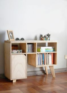 Maderística Carpintería de Autor | Caprichópodo Cute Furniture, Simple Furniture, Diy Furniture Projects, Space Furniture, Cabinet Furniture, Living Furniture, Woodworking Furniture, Plywood Furniture, Furniture Styles