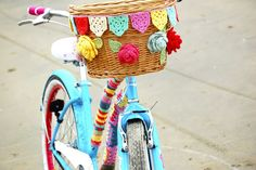 How to Crochet Bicycle Basket Bunting....