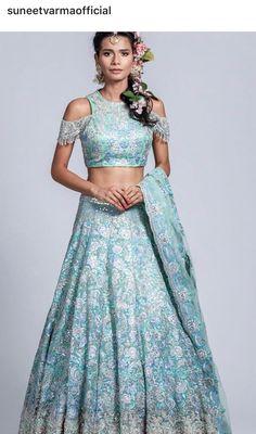Asian Bridal Wear, Pakistani Bridal Wear, Indian Bridal, Indian Dresses, Indian Outfits, Middle Eastern Fashion, Lehenga Style, Bollywood Fashion, Bollywood Party