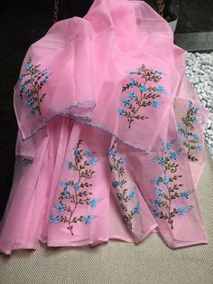 Dress Design Patterns, Hand Embroidery Design Patterns, Embroidery Suits Design, Dress Neck Designs, Flower Embroidery Designs, Designs For Dresses, Embroidery Fashion, Party Wear Indian Dresses, Indian Gowns Dresses