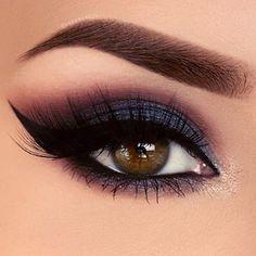 Perfect holiday glam eye makeup look!