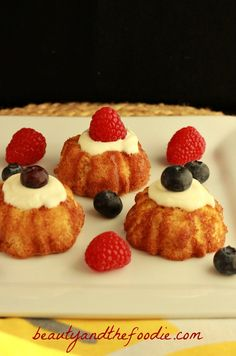 French Vanilla Angel Food Cake, grain free |  with primal, paleo and low carb options. www.beautyandthefoodie.com