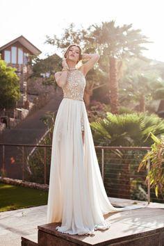 De la nota: Julie Vino: Casi lloro de emoción al ver sus vestidos de novia  Leer mas: http://www.hispabodas.com/notas/2617-julie-vino-vestidos-novia