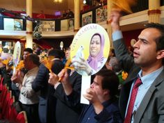 After 11 years, a Paris court drops all the charges against the Iranian resistance. Iranians gathered in the Resistance headquarters to celebrate the historical victory.