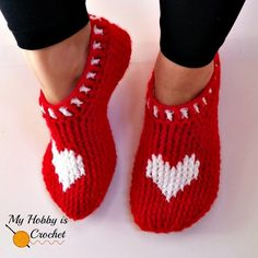 Just lovely! There's something so cozy and inviting about crochet slippers. They're fun to make, great to give away as gifts! These red slippers with hearts are extra special…perf…