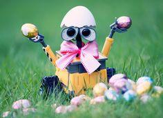 Easter | Wall-E