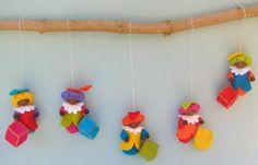 Atelier Pippilotta :: Feestdagen Pakketten :: Vrolijke pietenhanger