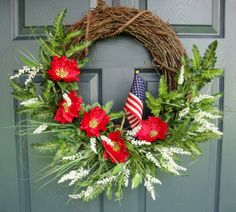 I think I'll make this wreath for this ANZAC Day (April But I'll add black centers to the red poppies and have a few sprigs of the traditional rosemary and gumnuts dotted in there too. Remembrance Day Poppy, Poppy Wreath, Memorial Day Wreaths, Anzac Day, Porch Decorating, Decorating Ideas, Decor Ideas, Grapevine Wreath, Door Wreath