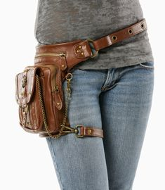 Outlaw Pack – (Brown) Thigh Holster, Protected Purse, Shoulder Hol … - Women's fashion and Women's Bag trends Leather Craft, Leather Bag, Steampunk Accessoires, Hip Bag, Hip Purse, Belt Pouch, Leather Projects, Backpack Purse, Leather Working