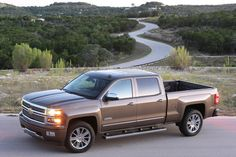 Road & Track Names GM Pickups Top Truck of 2013