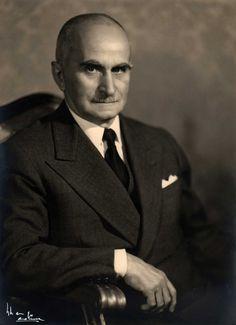 «Il solo fondamento della verità è la possibilità di negarla» Luigi Einaudi