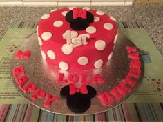 Mini mouse 1st birthday cake