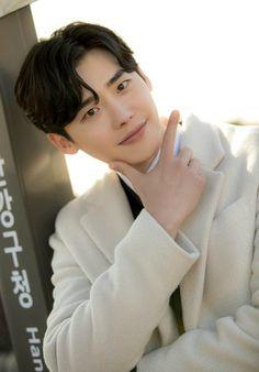 Lee Jong-seok considers tvN romance with Good Wife, Life on Mars PD Kbs Drama, Krystal Jung, While You Were Sleeping, Life On Mars, Joong Ki, Jessica Jung, Lee Sung, Hyun Bin, Bae Suzy