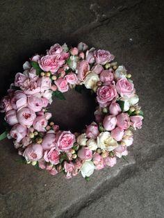 A wreath full of David Austin Roses