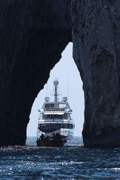 La cruna dell'ago Yacht