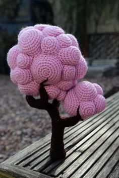 Crochet trees and cars free patterns Crochet Fairy, Crochet Tree, Crochet Cactus, Form Crochet, Unique Crochet, Cute Crochet, Crochet Flowers, Disney Crochet Patterns, Crochet Patterns Amigurumi