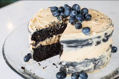 GUYS – this is the best keto cake I've ever had in my LIFE. It tastes just like a regular full of wheat cake!!! The peanut butter frosting is to DIE for. For this recipe, I used black c…
