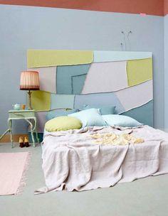 Une chambre pastelle: tete de lit patchwork textile