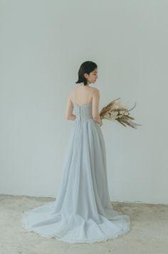 Bridal Dresses, Bridesmaid Dresses, Wedding Portraits, Wedding Bouquets, Fashion Photography, Formal Dresses, Couple, Vintage, Collection