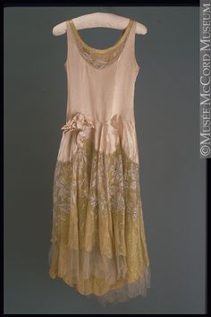 Evening dress | Norman Hartnell | 1929 | medium unknown | McCord Museum | Object #: M966.37.7