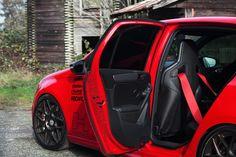 FT-740 Golf R w/Recaro Sportster CS Seats