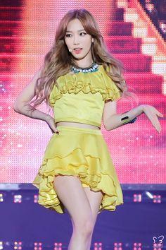 Girls' Generation(TTS) - Holler : Kim Taeyeon