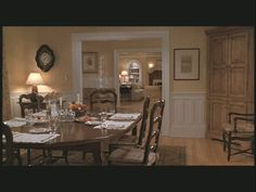 Google Image Result for http://hookedonhouses.net/wp-content/uploads/2011/06/Father-of-the-Bride-house-dining-room.jpg