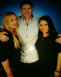 So we met the hottest, sweetest most gentlemanly man on the planet this weekend. JENSEN FREAKING ACKLES, ladies and gentlemen. HOLY CRAP. VegasCon 2015