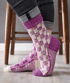 Ravelry: Potager socks pattern by Barb Brown