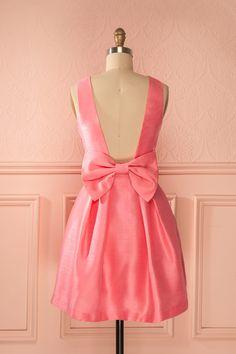 Veyda Pink - Shimmering pink back bow dress