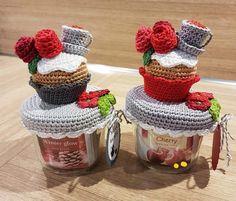 Crochet Jar Covers, Crochet Christmas, Jar Crafts, Easy Crochet, Raspberry, Mason Jars, Knitting, Decorated Jars, Dish Towels