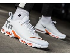 sports shoes 251fb 0bd22 Nike Air Max Plus TN Ultra SE  WhiteSilverOrange  Mens Trainers