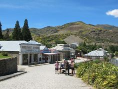 Old Cromwell Town Historic Precinct, 45 mins from Queenstown