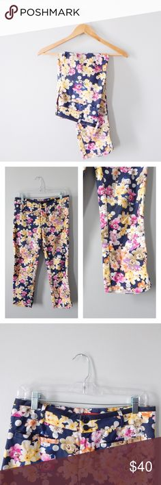 """Anthropologie Floral Spring Trousers Anthropologie brand Cartonnier floral trousers size 8. Called the """"miniflora charlie trousers"""" with faux pockets. 26-27 inch inseam. Soft cotton-spandex blend. Beautiful floral dot print! No stains rips or tears. Anthropologie Pants Ankle & Cropped"""