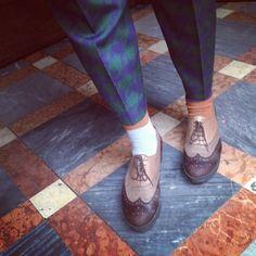 Garter by Oybō: 1 pair, 2 different socks.