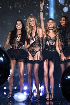 Victorias Secret Show London 2014 Pictures and Report (Vogue.com UK)